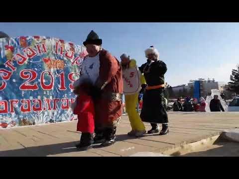 Алла Михеева на конкурсе по поеданию бууз