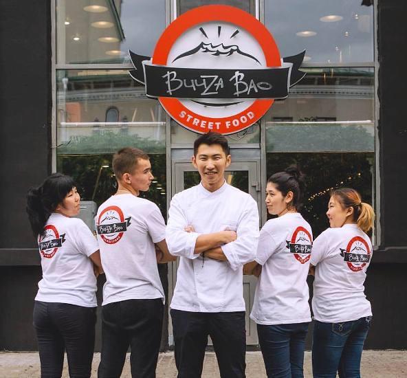 Андрей Малханов: «Мы продвигаем бренд бууз за счет известных всем бургеров»