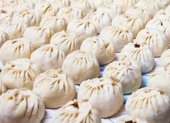 В 70-х годах в Улан-Удэ буузы были очень большими и очень жирными