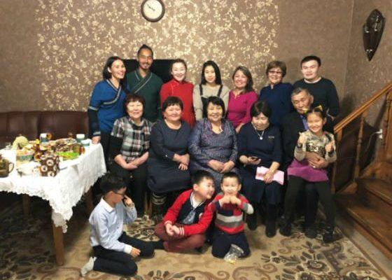 Бурятская семья
