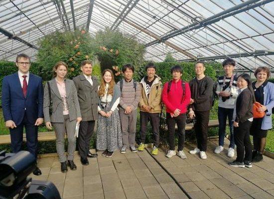 Японскому промоутеру понравились буузы и «смесь культур» в Чите