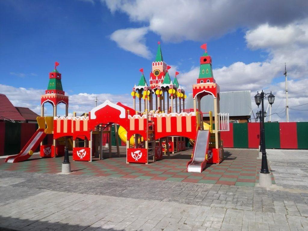 Детская площадка у Баян Гол