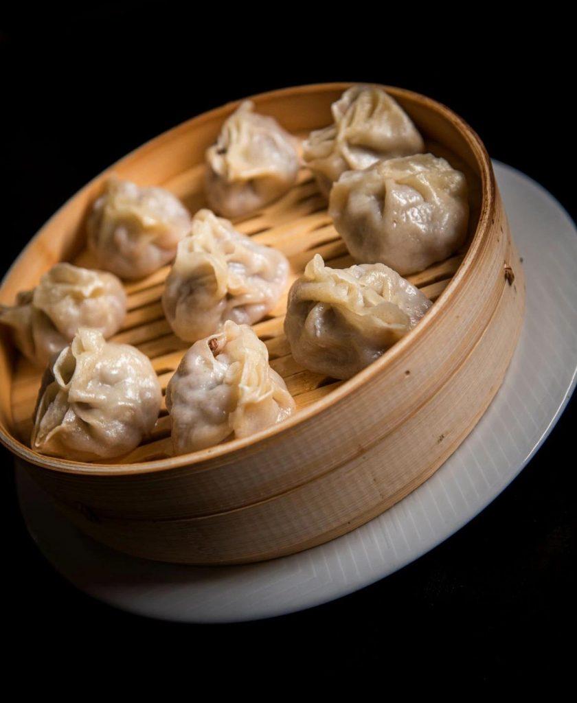 Буузы - обычное блюдо в Монголии